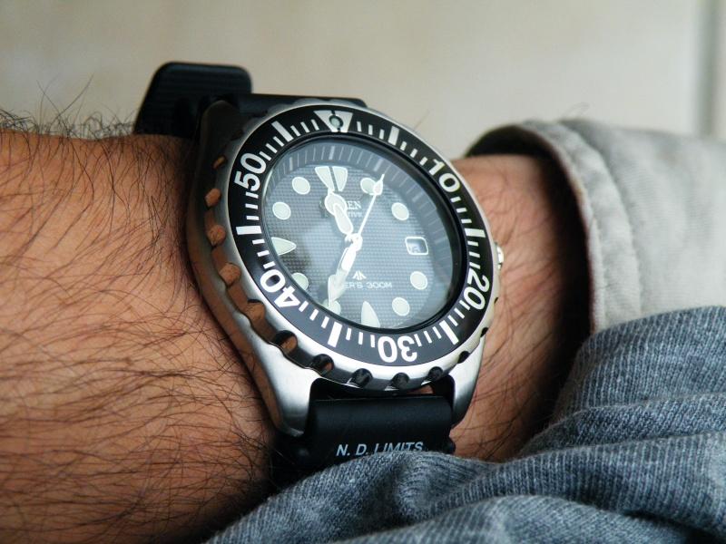 [Trouvé] tool watch costaude, sans pile, fiable, pas trop chère = Seiko 5 (snzg17) Dscf6422