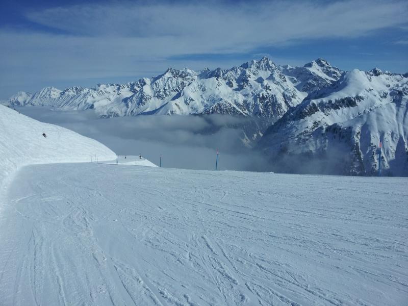 Pour les amoureux de la montagne et des sports d' hiver MAJ 2015 bas de page 4 2012-014