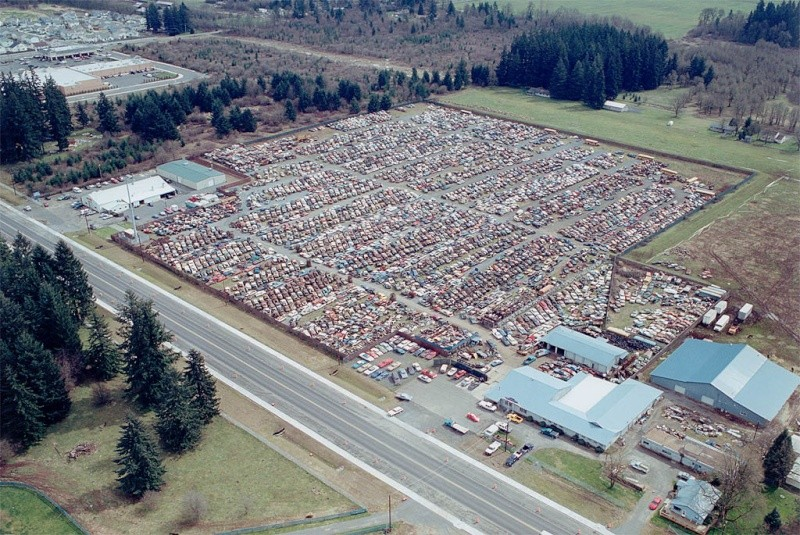 what a big junk yard.dont know where it is tho Aerial10