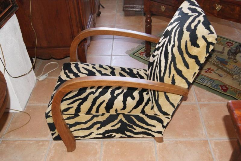 je viens de rentr ce fauteuil amusant et de trs belle qualit il mesure 77 cm de haut 60 cm de large et 93 cm de profondeur - Fauteuil Art Deco