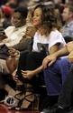 Rihanna a un match de basket. Norma605