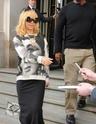 Rihanna quitte son hôtel à Londres Norma832