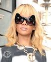 Rihanna quitte son hôtel à Londres Norma835