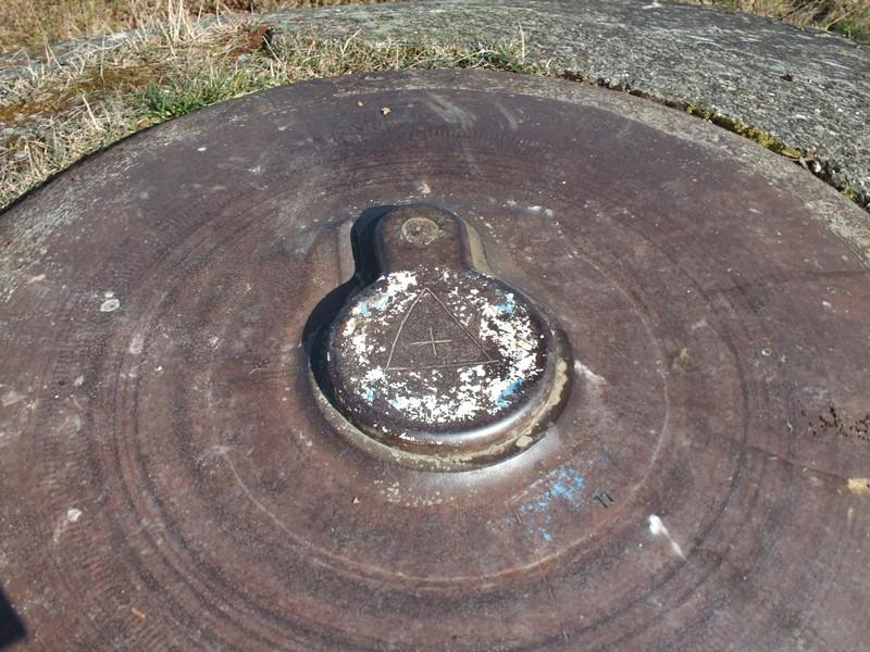 Les cloches blindées (ligne maginot ) Dscf1142