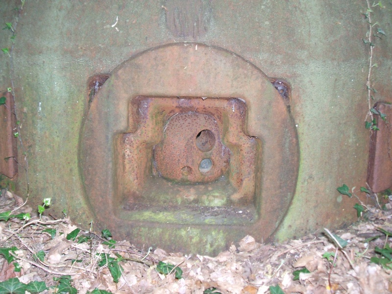 Les cloches blindées (ligne maginot ) Dscf2811