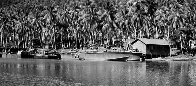 Vedettes lance-torpilles PT-BOATS (Pacifique) - Page 2 10-07110