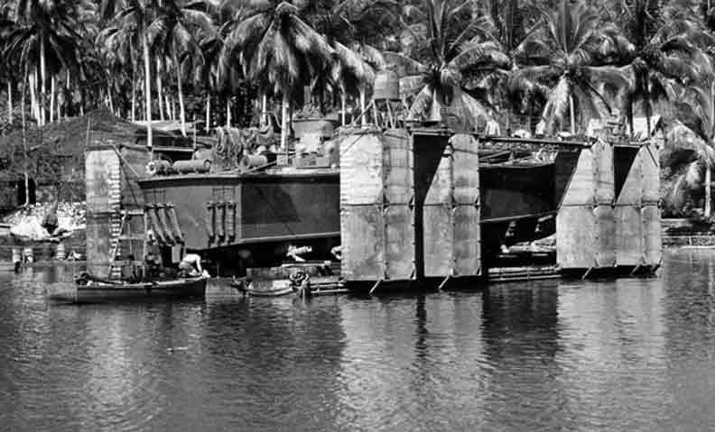 Vedettes lance-torpilles PT-BOATS (Pacifique) - Page 2 10-08110
