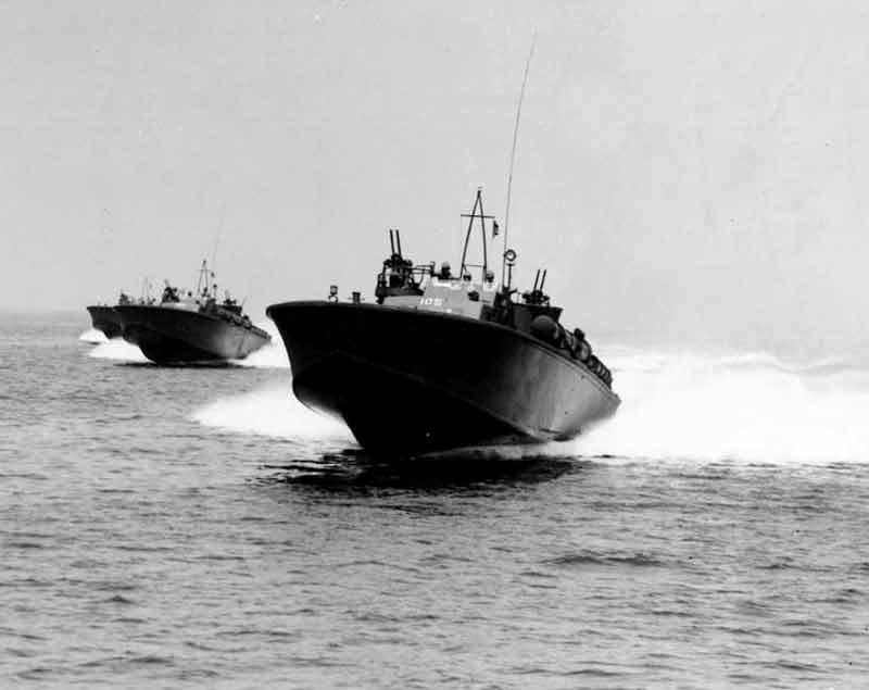 Vedettes lance-torpilles PT-BOATS (Pacifique) - Page 2 12-01110