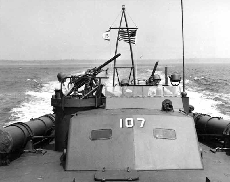 Vedettes lance-torpilles PT-BOATS (Pacifique) - Page 2 12-08110