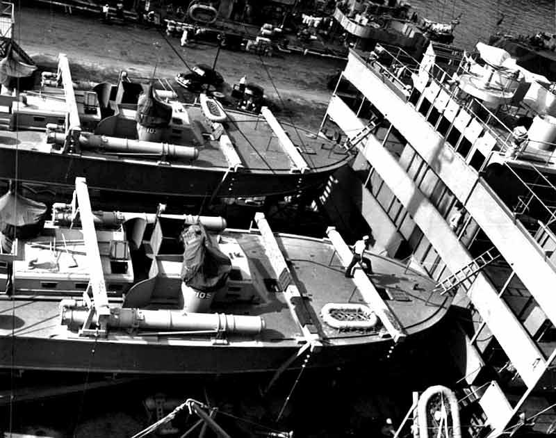 Vedettes lance-torpilles PT-BOATS (Pacifique) - Page 2 13-02110