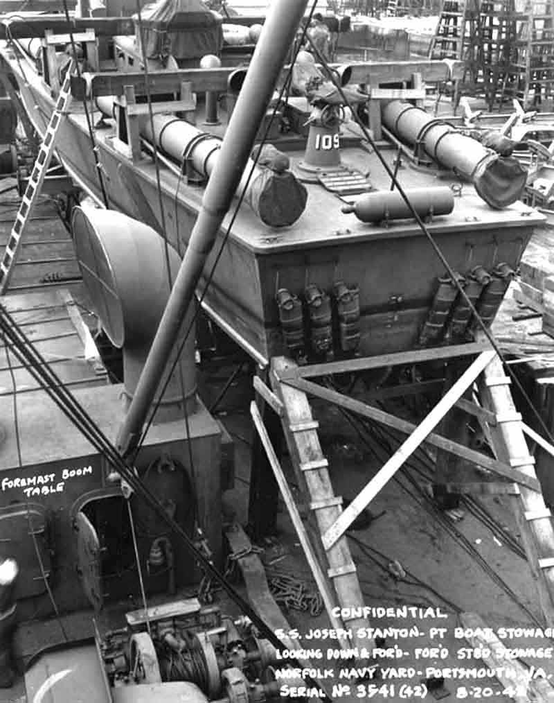 Vedettes lance-torpilles PT-BOATS (Pacifique) - Page 3 14-03110
