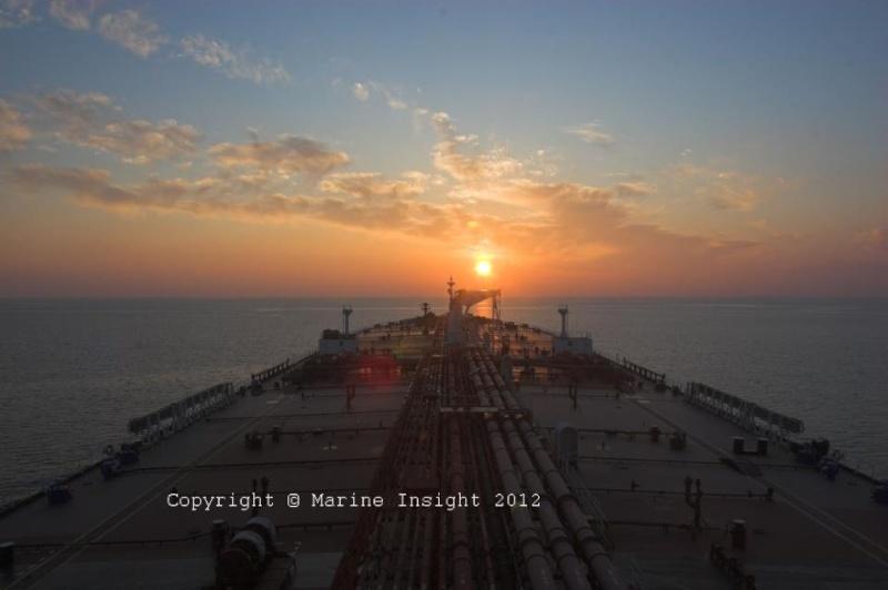 les plus belle photos de couchers de soleil - Page 3 18023510