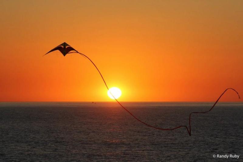 les plus belle photos de couchers de soleil - Page 4 20898610
