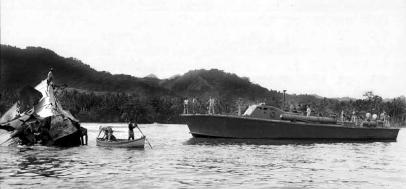 Vedettes lance-torpilles PT-BOATS (Pacifique) - Page 4 23-02110