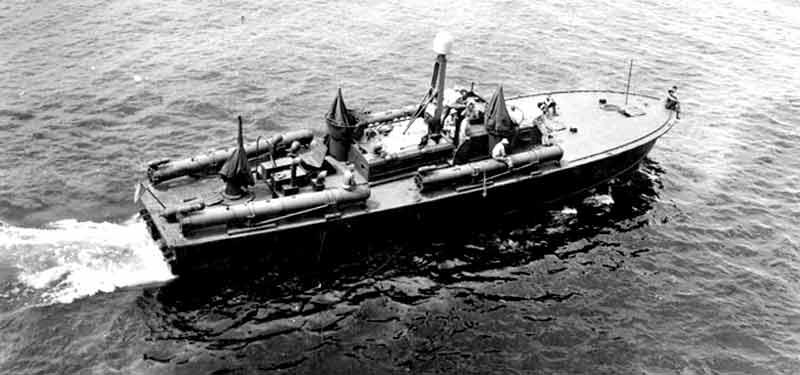 Vedettes lance-torpilles PT-BOATS (Pacifique) - Page 4 23-03110