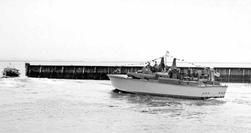 Vedettes lance-torpilles PT-BOATS (Pacifique) - Page 4 23-05110