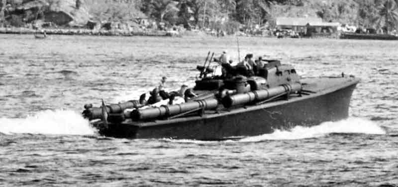 Vedettes lance-torpilles PT-BOATS (Pacifique) - Page 4 24-04110