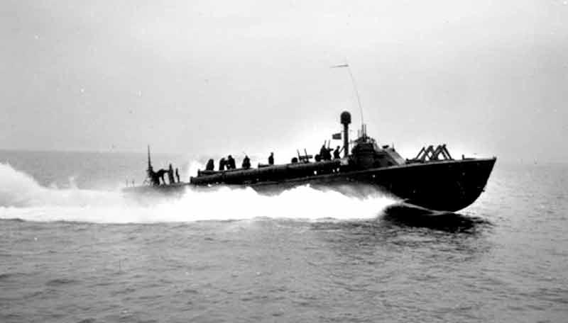 Vedettes lance-torpilles PT-BOATS (Pacifique) - Page 4 24-06110