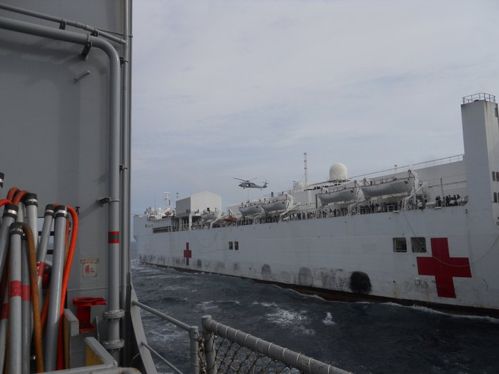 Quelques photos et video de US-NAVY - Page 3 24927010