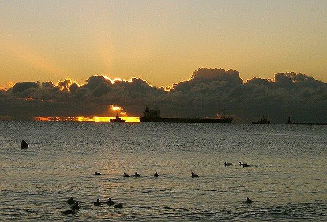 les plus belle photos de couchers de soleil - Page 3 25069210
