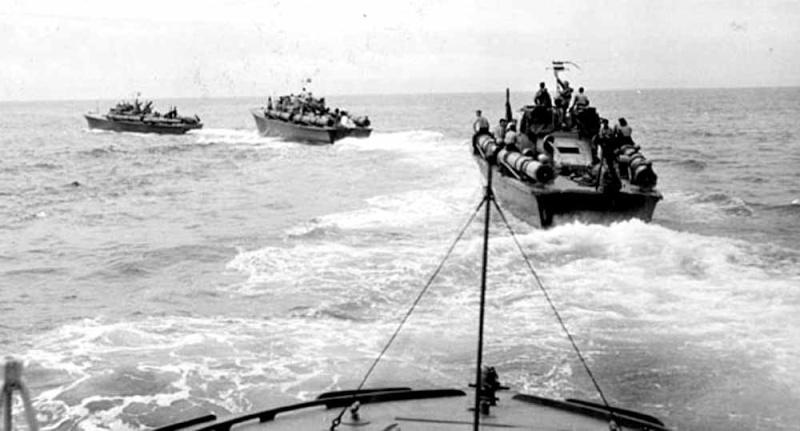 Vedettes lance-torpilles PT-BOATS (Pacifique) - Page 4 26-04110