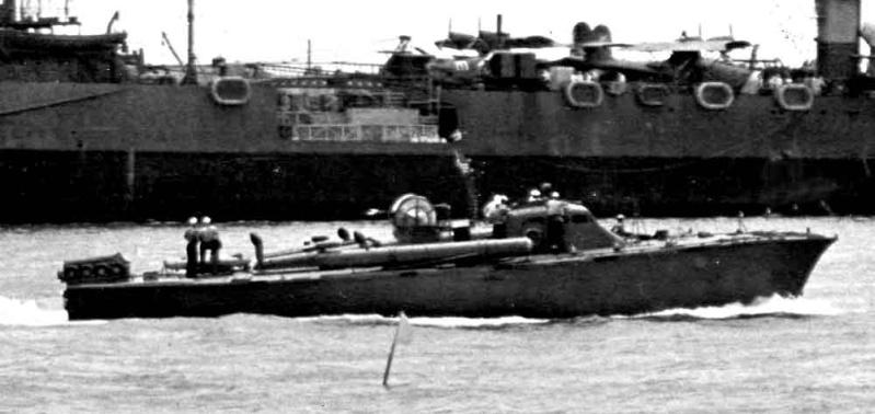 Vedettes lance-torpilles PT-BOATS (Pacifique) - Page 4 26-05110