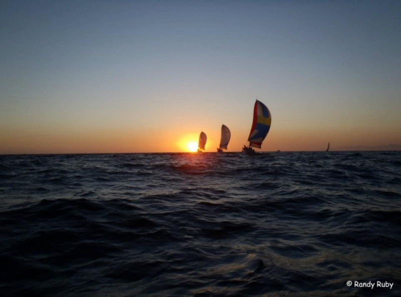 les plus belle photos de couchers de soleil - Page 4 31977710