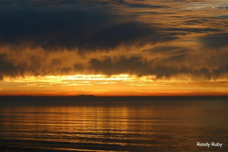 les plus belle photos de couchers de soleil - Page 4 31978010