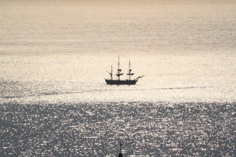 Les plus belle photos du HMS Bounty - Page 3 32119510