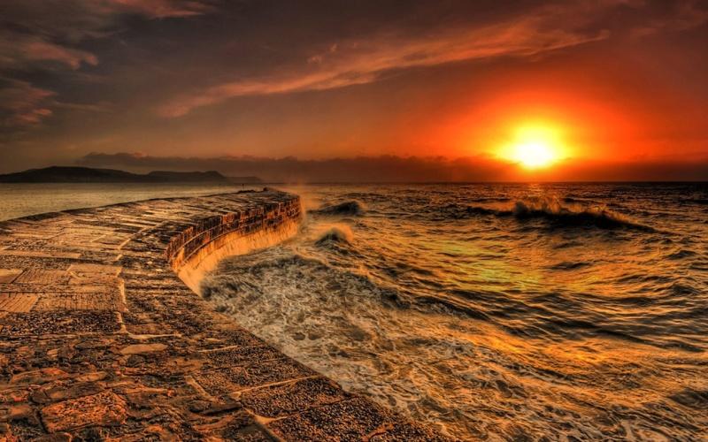 les plus belle photos de couchers de soleil - Page 3 32647610