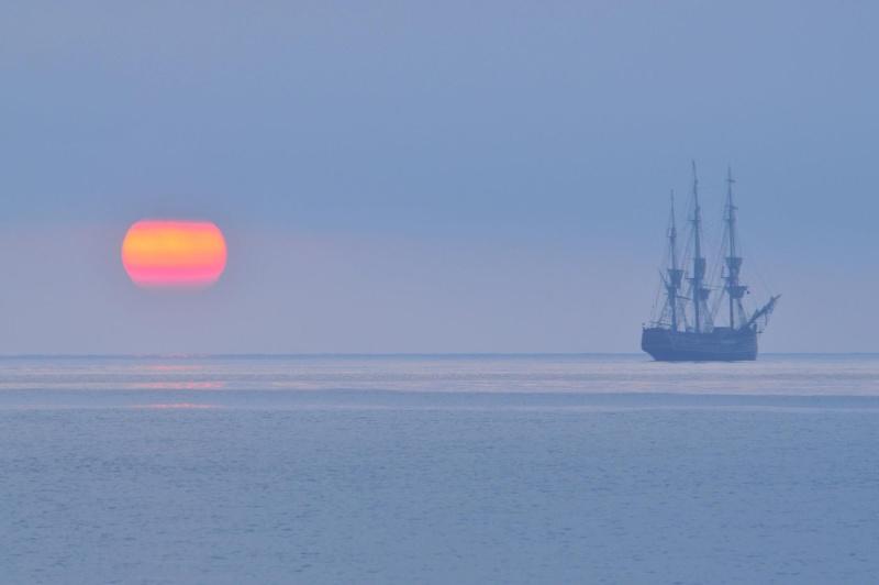 Les plus belle photos du HMS Bounty - Page 3 32795010