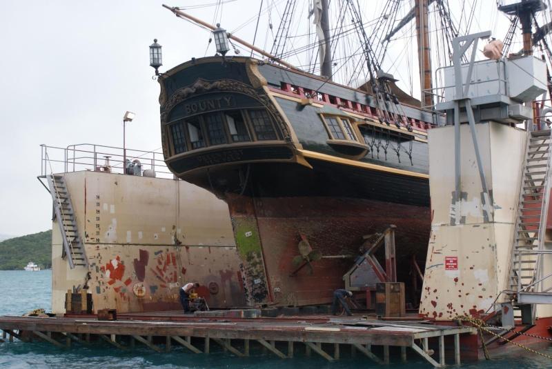Les plus belle photos du HMS Bounty - Page 3 33992810