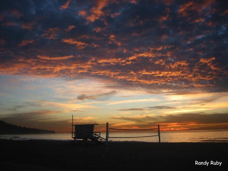 les plus belle photos de couchers de soleil - Page 4 39251610