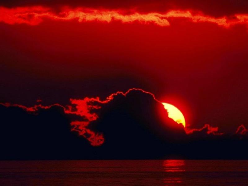 les plus belle photos de couchers de soleil - Page 4 40021711