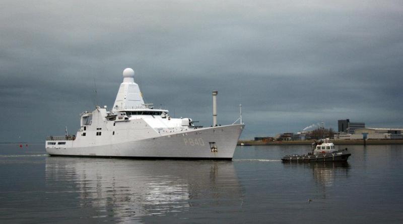 4 nieuwe patrouilleschepen - 4 nouveaux patrouilleurs - Page 4 40707810