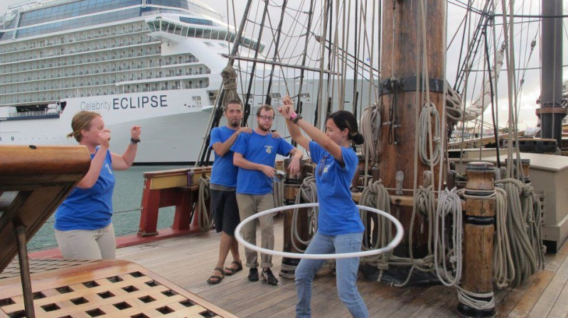 Les plus belle photos du HMS Bounty - Page 4 40713910