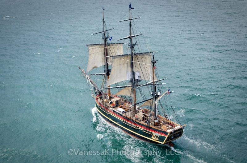 Les plus belle photos du HMS Bounty - Page 4 47657210