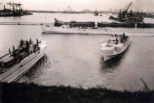 Schnellboot  ( Vedettes lance-torpilles) - Page 8 4sfltl10