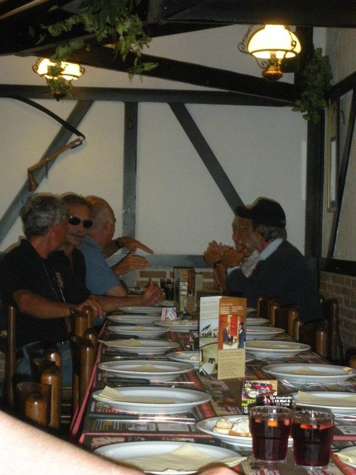 Diner à 'La ferme d'abondance' le 10 juin 2012 - Page 4 52154510