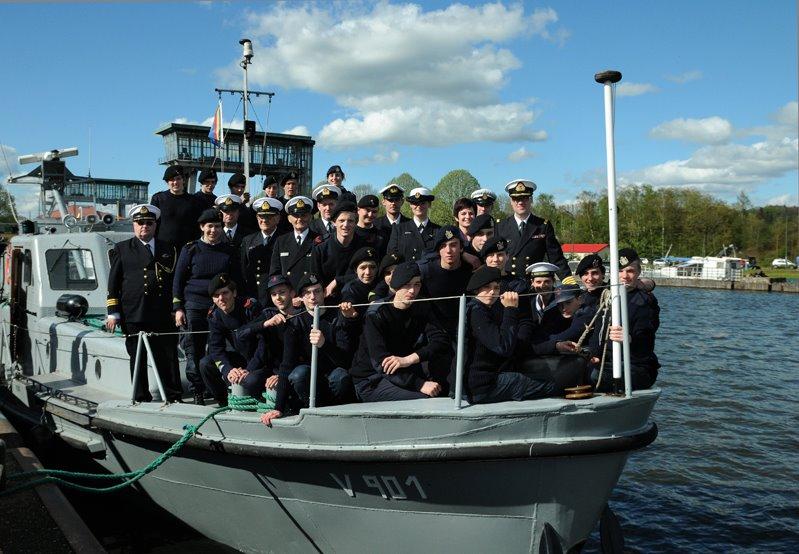 Faste ,Corps Royal des Cadets de Marine(Ittre)et les 90 ans - Page 5 52737511