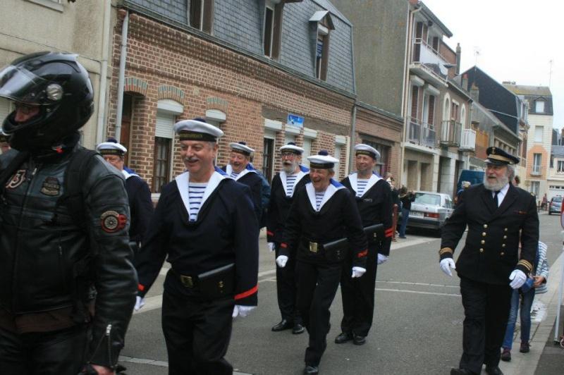 Fete de la mer, Le Tréport , Corps des Torpilleurs et Marins - Page 4 52945110