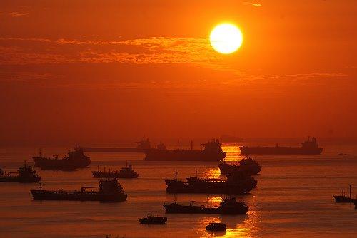 les plus belle photos de couchers de soleil - Page 6 54252310