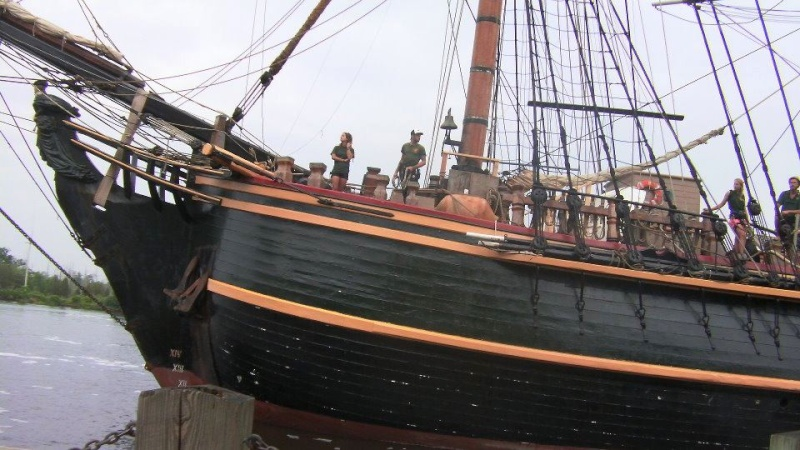 Les plus belle photos du HMS Bounty - Page 4 54600810