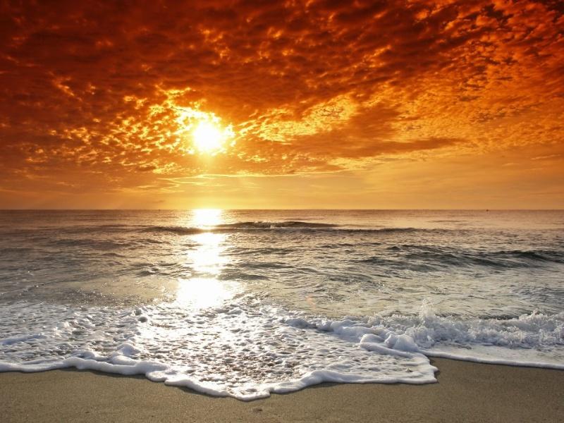 les plus belle photos de couchers de soleil - Page 6 55297110