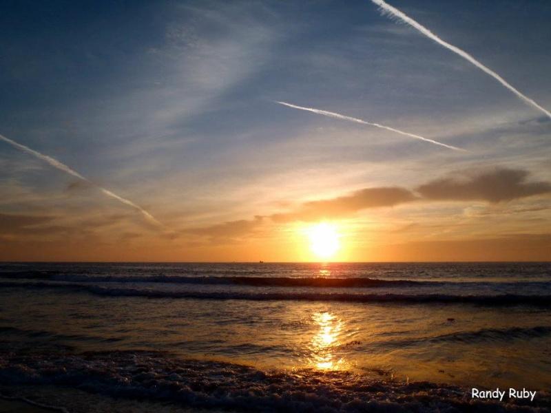 les plus belle photos de couchers de soleil - Page 6 55617310