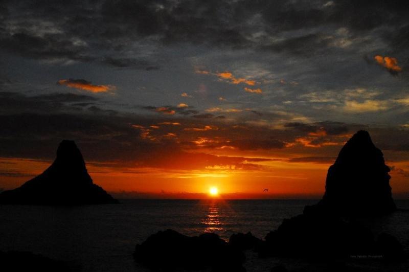 les plus belle photos de couchers de soleil - Page 3 57534810
