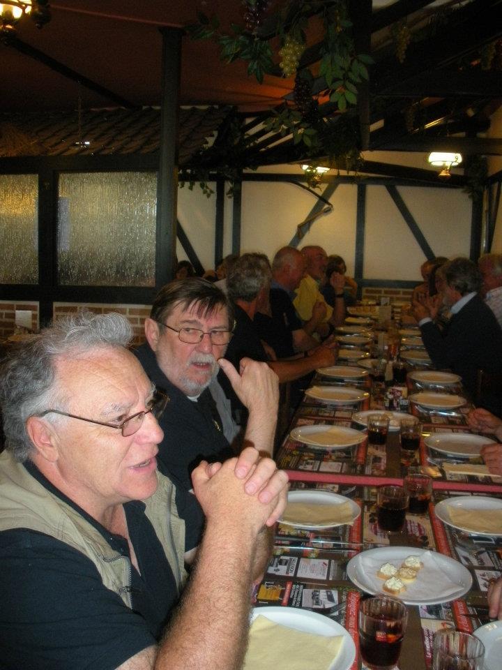 Diner à 'La ferme d'abondance' le 10 juin 2012 - Page 5 60017410