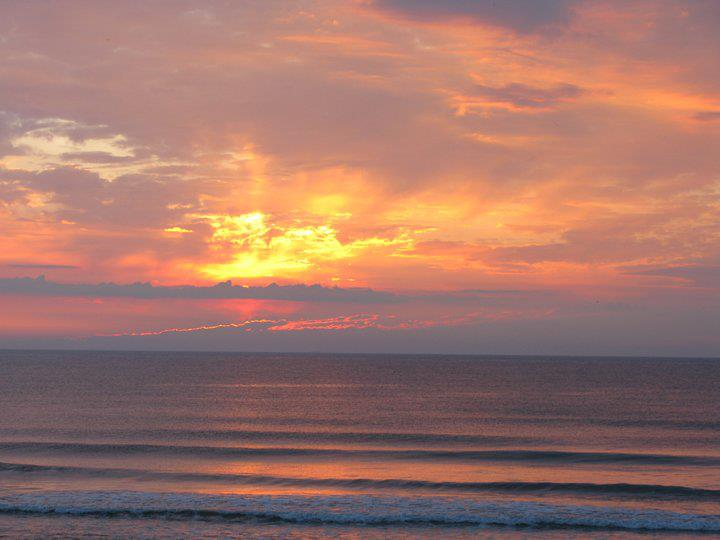 les plus belle photos de couchers de soleil - Page 3 60129210