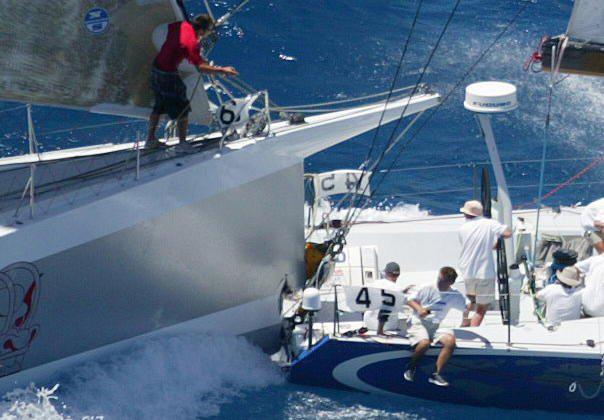 Photos d'accidents et de tempête en mer - Page 6 64299_10