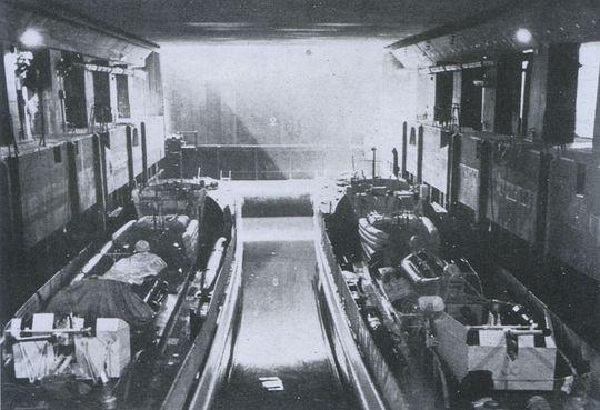 Schnellboot  ( Vedettes lance-torpilles) - Page 8 Bunker12